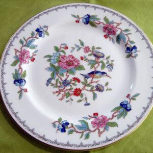 Aynsley Pembroke Gold Trim Luncheon Plate